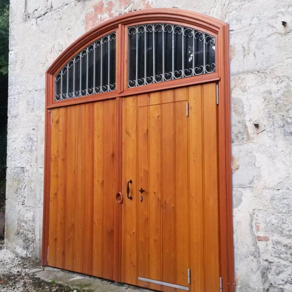 Porte en Mélèze massif