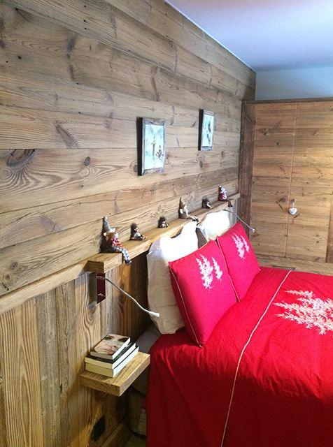 Agencement en vieux bois, tête de lit et placards sur mesure