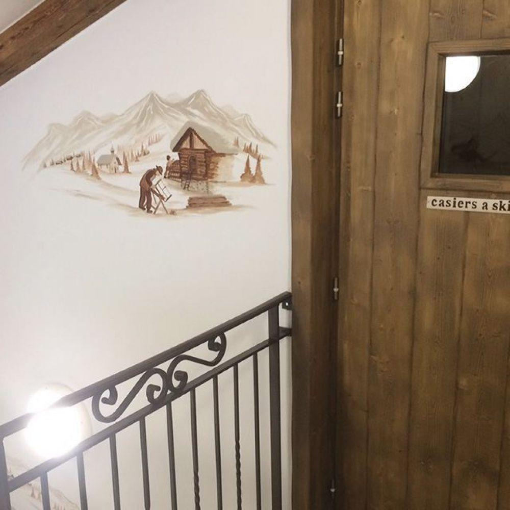 Portes gaines et portes palière avec habillage PIN style ALPAGE