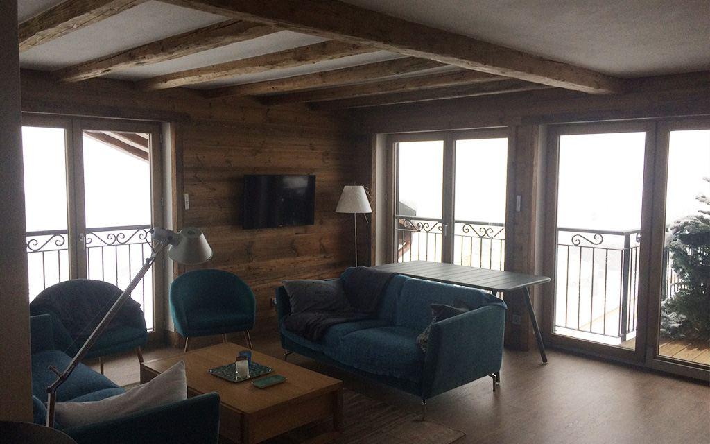 lambris et habillages de plafond en vieux bois menuiserie savoisienne. Black Bedroom Furniture Sets. Home Design Ideas