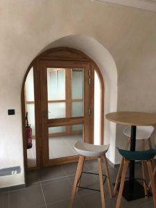 porte intérieure vitrée cintrée