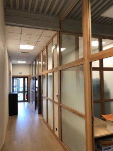 cloisons bois intérieures vitrées et acoustiques